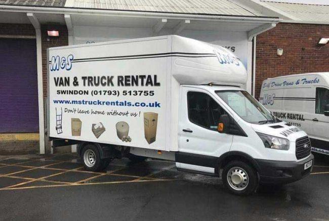Hire a Luton van in Swindon